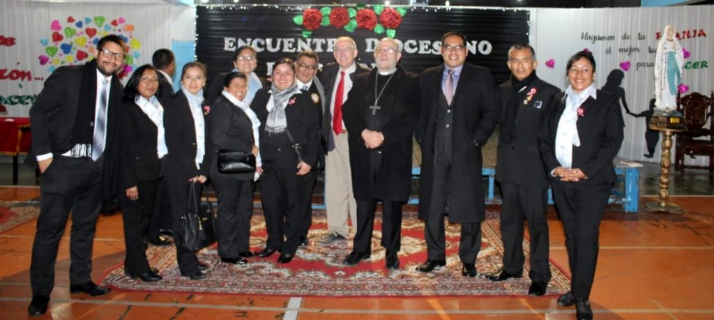 Con el obispo de El Callao
